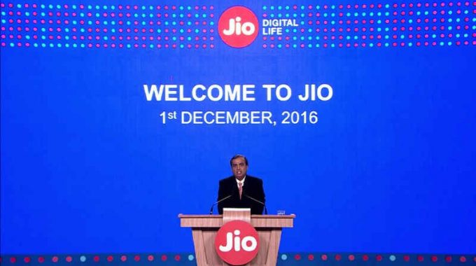 Reliance Jio Happy New Year Offer: All Conditions To Use Free Internet Till 31st March