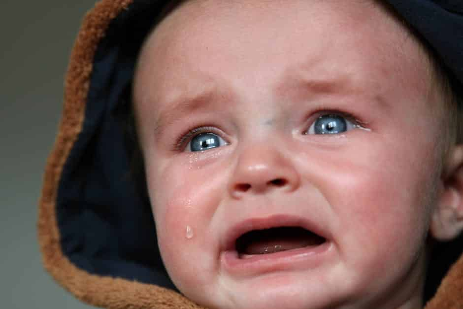 how to stop a baby crying